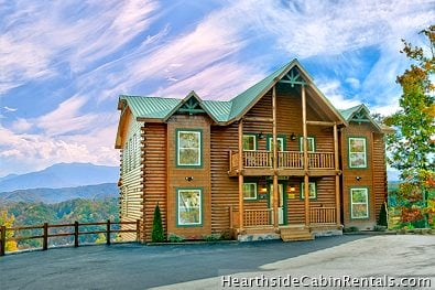 A large group Pigeon Forge cabin, perfect for a church retreat in the Smoky Mountains