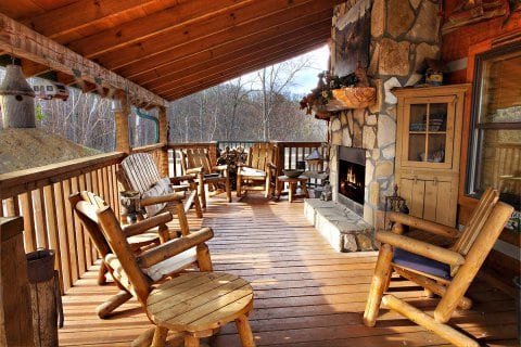 4 Awesome 4 Bedroom Cabins in Gatlinburg Perfect for Your Family Vacation