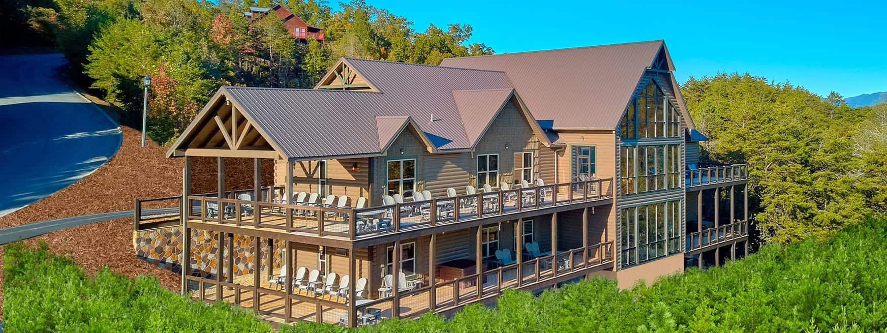 large cabin rental in gatlinburg